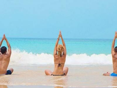 Thailand Yoga am Strand